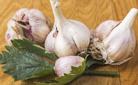 吃大蒜会伤精吗 哪些食物会杀精 杀精的食物有哪些