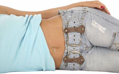 女人束腰的危害 女人束腰好吗 女人瘦腰的方法
