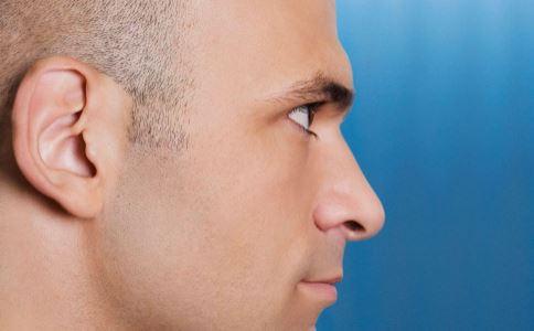 按揉耳朵有什么好处 揉耳朵的作用 揉耳朵的方法