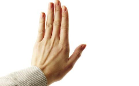 怎么判断肝血不足 从指甲怎么看健康 肝血不足吃什么好