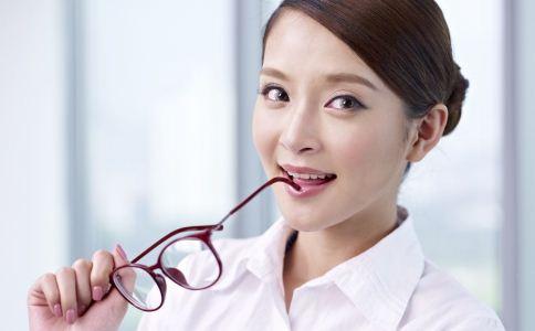哪些食物能保护眼睛 吃什么能保护眼睛 怎么做才可以保护眼睛