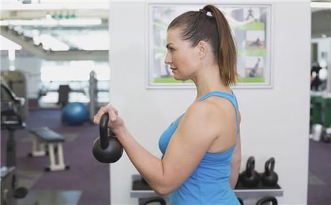 小腿肌肉拉伸 拉伸运动的好处 如何锻炼小腿肌肉