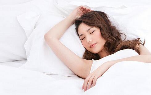 睡眠不足6小时危害如酗酒 如何改善睡眠 改善睡眠的方法