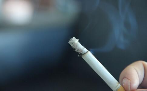 吸烟的危害 吸烟如何戒烟 吸烟的戒烟方法