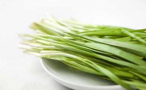 女人吃韭菜好吗 女人吃韭菜的好处 韭菜不能和什么一起吃