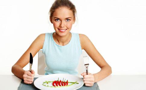 不吃饭减肥的危害有哪些 不吃饭减肥有哪些危害 不吃饭可以减肥吗