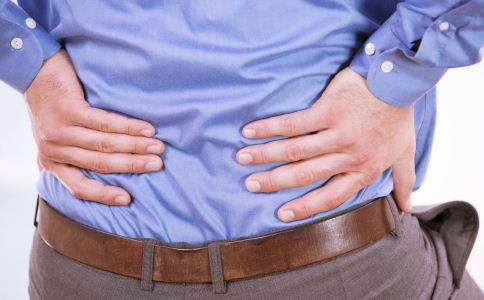 老人腰痛如何缓解 老人腰痛的原因 老人腰痛怎么办