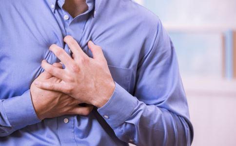 心脏病发病症状 心脏病发病前征兆 心脏病发病前有哪些表现吗