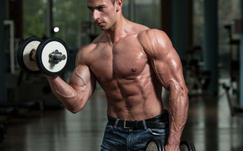 男人怎么锻炼胸肌 胸肌该怎么锻炼 怎么锻炼胸肌比较快
