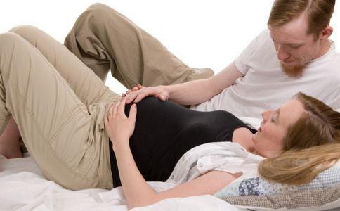 孕妇给手机充电被电死 孕妇手机充电被电死 如何正确充电
