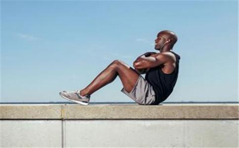 腹直肌外缘锻炼方法 怎么锻炼腹直肌外缘 腹直肌外缘