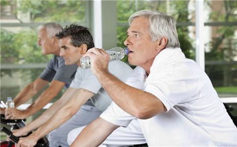 运动后多久喝水 运动期间如何喝水 怎样科学运动