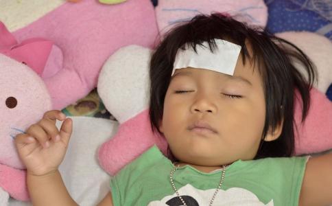 宝宝高烧怎么办 宝宝高烧怎么退烧 宝宝发烧怎么护理