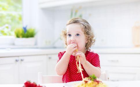 宝宝辅食吃什么  宝宝辅食怎么吃 宝宝吃辅食