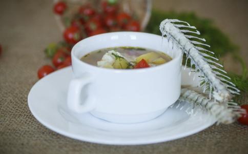 喝汤比吃肉更加容易胖吗 喝汤会长胖吗 喝什么汤可以减肥