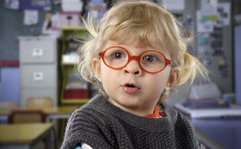 儿童配眼镜时要注意哪些事项 儿童配眼镜要注意什么吗 儿童配眼镜有什么事情要注意