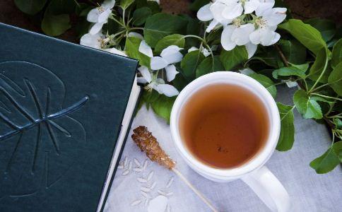 喝茶可以加糖吗 喝茶加糖好吗 茶应该怎么喝