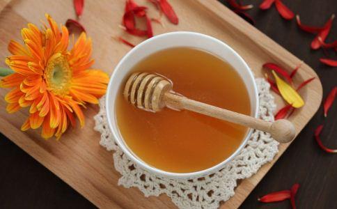 老人冬季吃什么可以养生 老人冬季喝什么茶可以养生 老人养生吃什么好