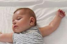 新生儿黄疸怎么办 新生儿黄疸处理方法介绍