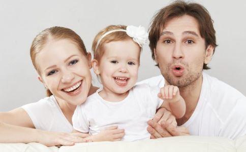 父母行为 父母须知 父母的行为影响孩子