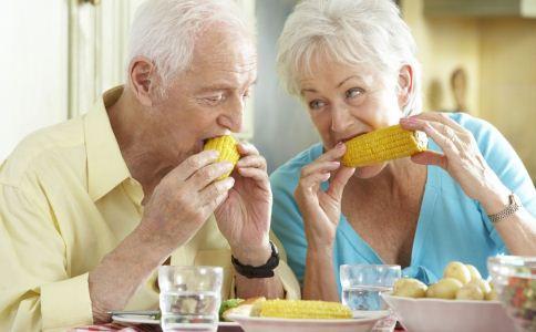 哪些老年病最容易发作 老人要警惕哪些疾病 老人日常养生方法