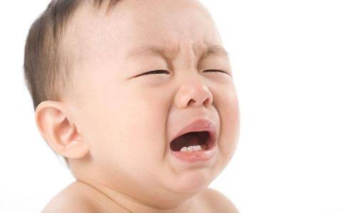 产后抑郁有哪些类型 产后抑郁该怎么办 宝宝哭闹妈妈不理是产后抑郁吗