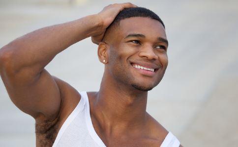阴囊潮湿的原因有哪些 什么是阴囊潮湿的原因 阴囊潮湿怎么治疗