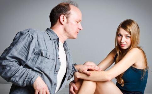 怎么判断女人对你是不是有好感 女人最讨厌的男人性格 哪些行为最让女人讨厌