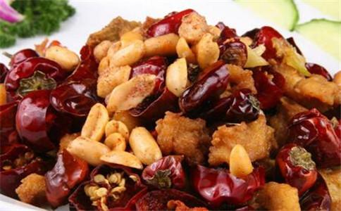 宫保鸡丁的营养价值 宫保鸡丁的做法 怎样熬制红油