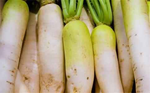 冬吃萝卜有什么好处 萝卜有什么功效 冬天怎么吃萝卜