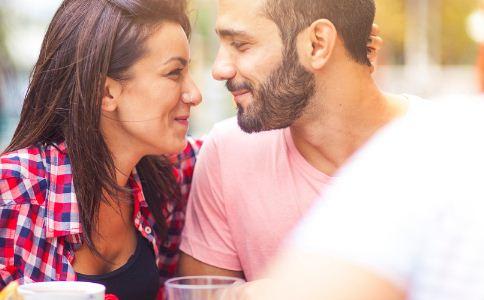 如何成为一个称职的男朋友 男女之间该怎么交往 两性之间怎么交往好