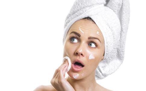 冬季皮肤干燥如何保湿 皮肤干燥怎么做好保湿 冬季护肤的方法
