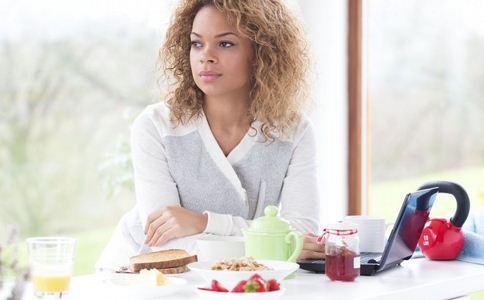 女子饿晕被救助 不吃早餐的危害 早餐的危害有哪些