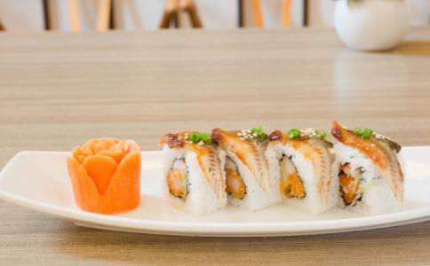 日本鳗遇严重鱼荒 吃鳗鱼的好处 鳗鱼有什么营养价值