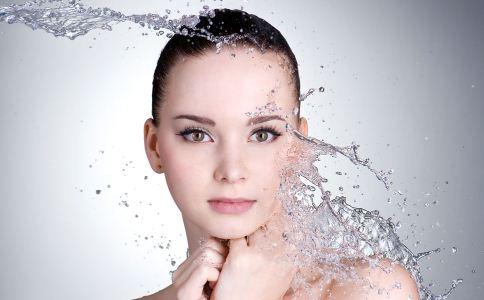 冬季皮肤过敏怎么护肤 冬季皮肤过敏怎么办 冬季护肤的方法