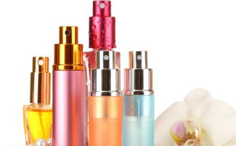 早晨如何护肤 早晨护肤的方法 护肤的重要性