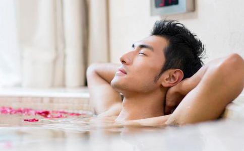 睡前洗澡需谨慎 这几点尤其要注意
