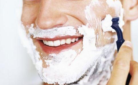 男人刮胡子的技巧有哪些 男人刮胡子要注意什么 男人怎么刮胡子好