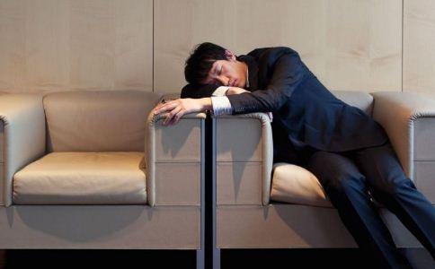 午睡的好处有哪些 午睡有好处吗 中午午睡好吗