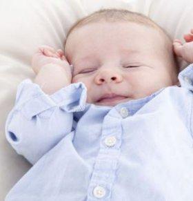 新生儿黄疸并发惊厥咋回事 新生儿黄疸并发惊厥 新生儿黄疸并发惊厥怎么回事