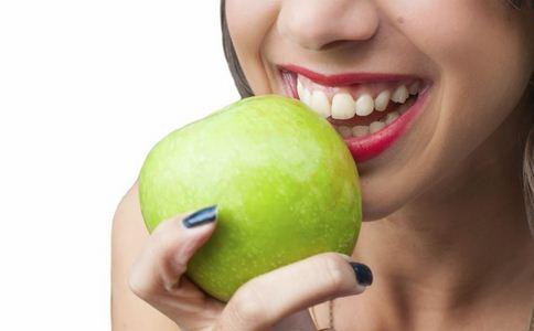 刷牙为什么会流血 柠檬汁美白牙齿 护牙疑问