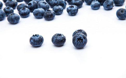 吃什么改善视力 改善视力的食物有哪些 什么食物改善视力