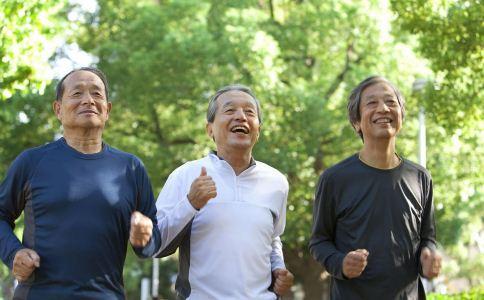 老人跑步的注意事项 老人跑步的好处 老人经常跑步的好处