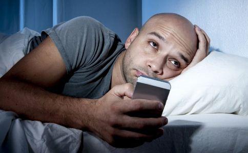 熬夜会伤肺吗 熬夜的危害有哪些 熬夜有哪些危害