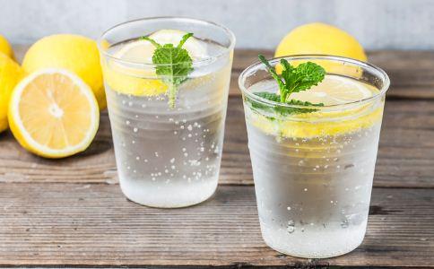柠檬怎么吃减肥最快 最适合柠檬减肥的食谱有哪些 吃什么水果可以减肥