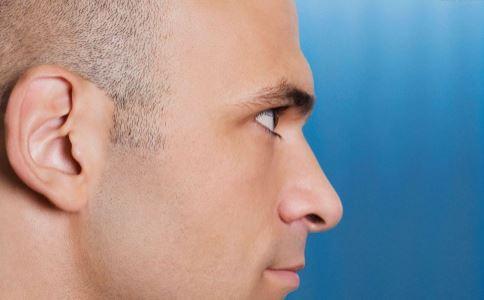 男子无脸近两月 面部移植 无脸是怎么回事