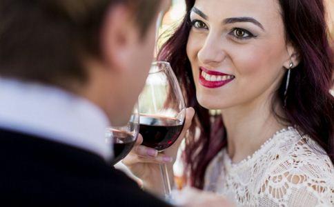 六成人依赖酒精缓解压力 如何减压 减压的方法