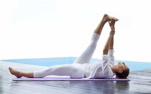 瑜伽如何瘦腿 瑜伽瘦腿动作 怎么快速瘦腿