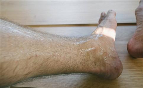 怎么练大腿肌 锻炼大腿肌的方法 锻炼大腿肌肉注意事项