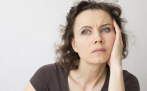 更年期出汗多怎么调理 更年期出汗怎么办 女性更年期出汗怎么办